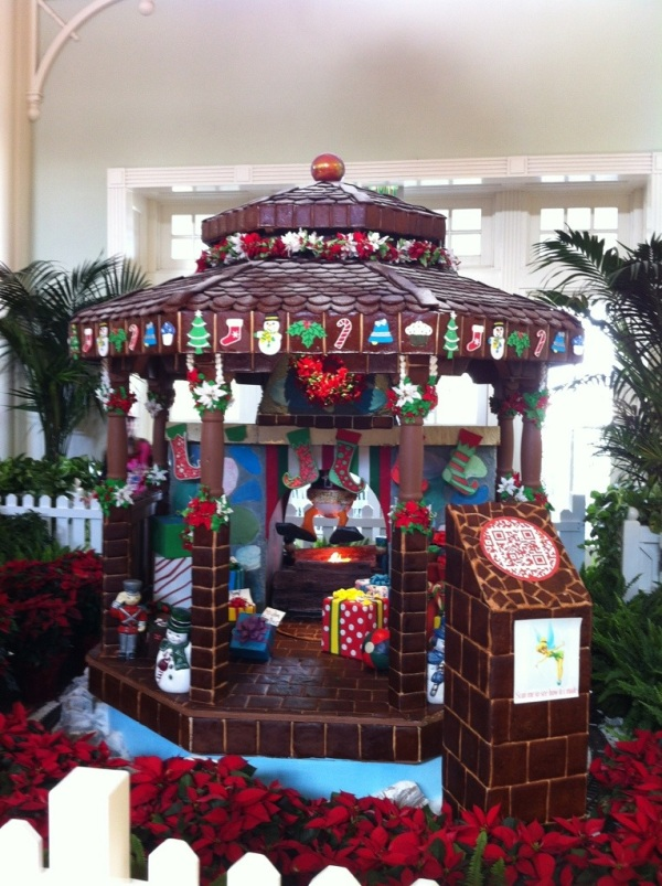 Boardwalk Gingerbread House